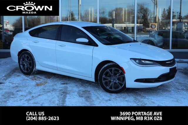 Pre-Owned 2015 Chrysler 200 S **Accident Free/Local Vehicle**