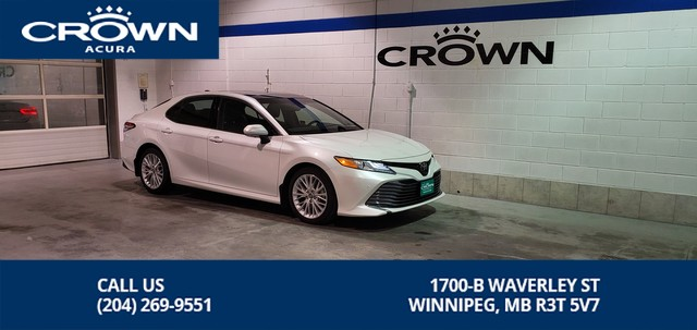 Pre-Owned 2018 Toyota Camry XLE V6 **Heads Up Display** Navigation** Panoramic Roof**
