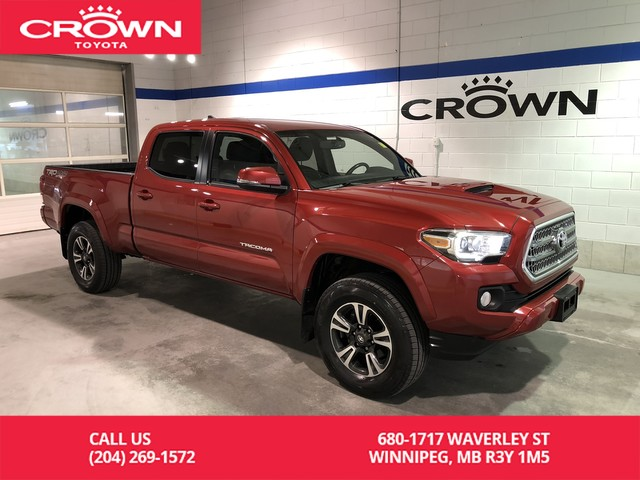 Pre-Owned 2017 Toyota Tacoma 4WD Double Cab TRD Sport / Local / Crown Toyota Original / Great Value
