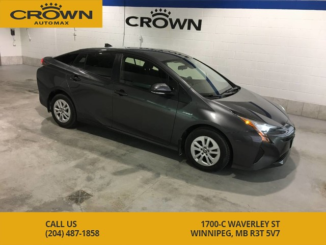 Pre-Owned 2017 Toyota Prius ** No accidents, Low Mileage **